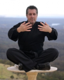 Renowned hypnotherapist Mark Stephens